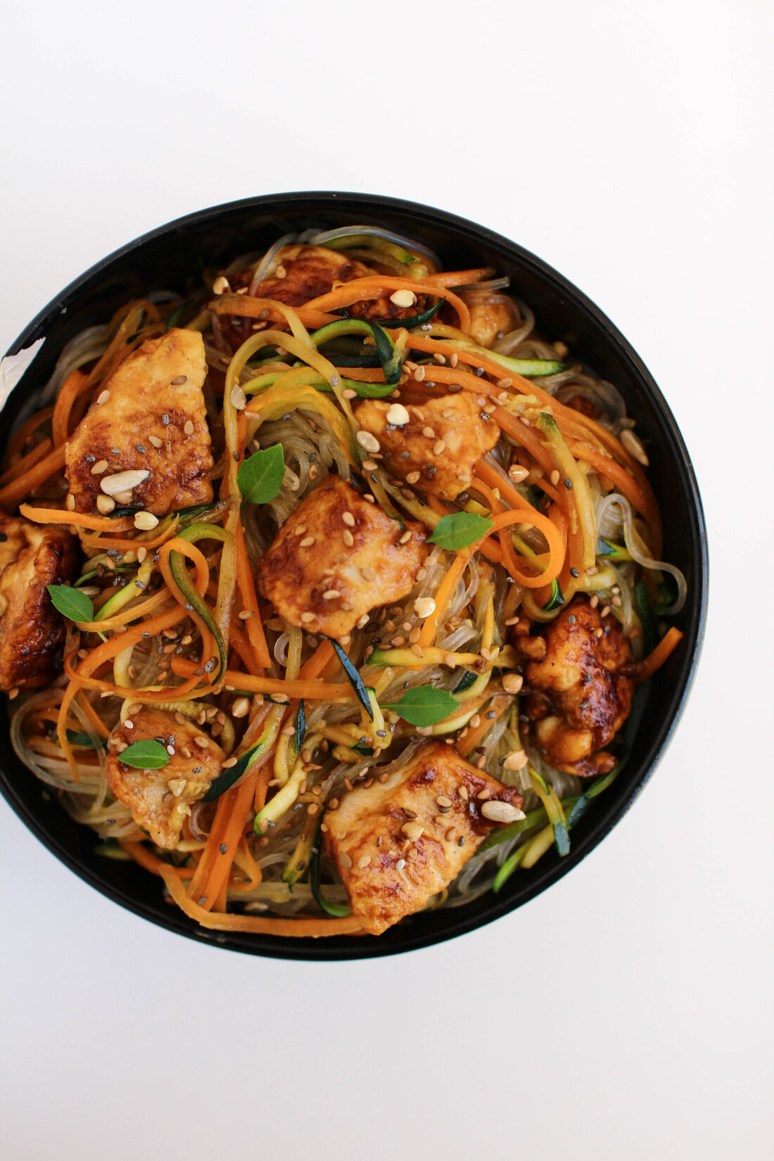 Ricetta Noodles Con Verdure E Carne.Noodles Con Verdure E Pollo Alla Soia
